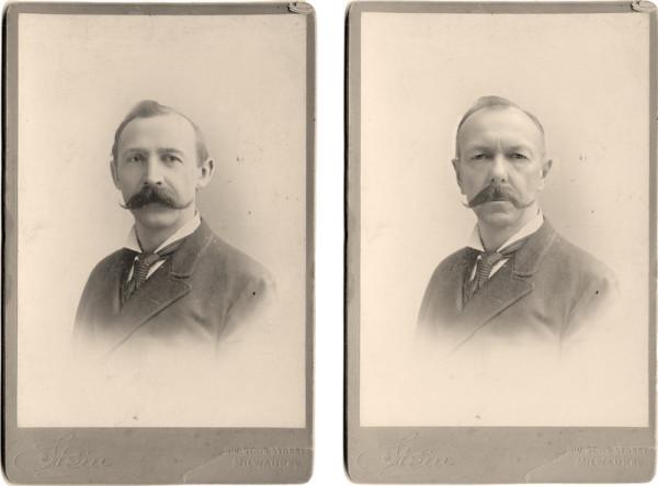 Man sieht nebeneinander zwei historisch bräunliche Fotos von zwei unterschiedlichen Personen, die sich sehr ähnlich sehen. Umrandet sind die Fotos von einem Kartonrand. Beide schauen zur Kamera.